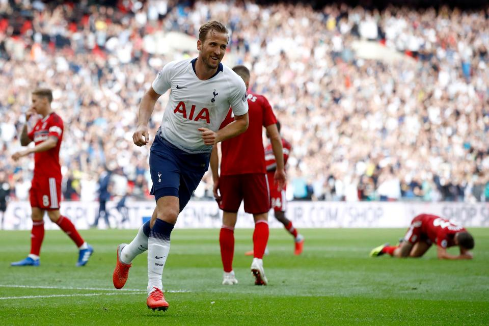 Harry Kane (Tottenham Hotspur) – 8.48/10  Man of the Match in every Premier League game this weekend, according to statistics MOTM 4