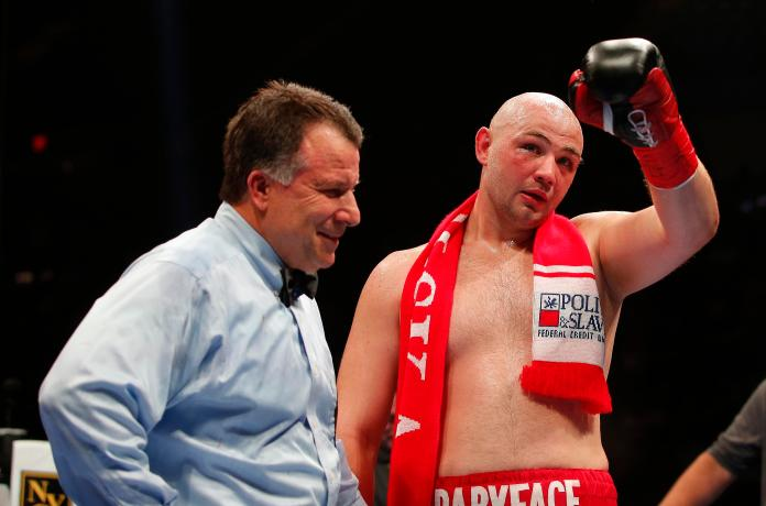 Adam Kownacki is a rising Polish heavyweight prospect who is building a decent record with wins over the likes of Charles Martin and Artur Szpilka. The 29-year-old is far from technically superb, but comes forward with an all-action, high-intensity, high-pressure style which makes for entertaining fights. He returns on January 26 against Gerald Washington.
