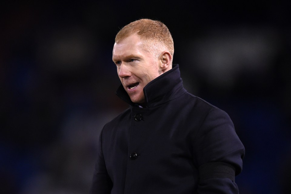 Paul Scholes 'resigned by text' from Oldham