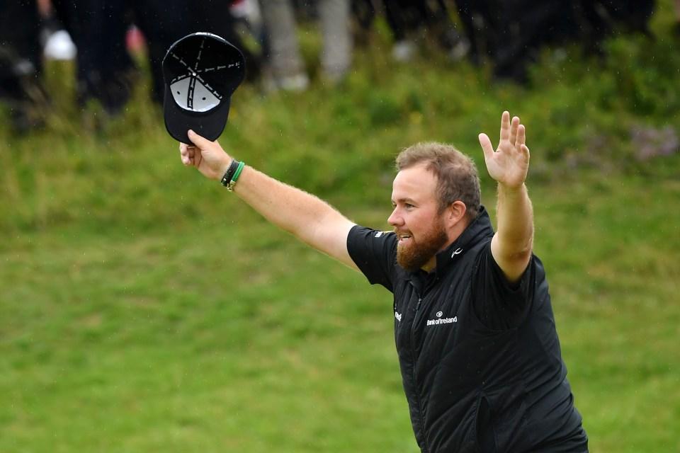 Shane Lowry of Ireland celebrates on the 18th