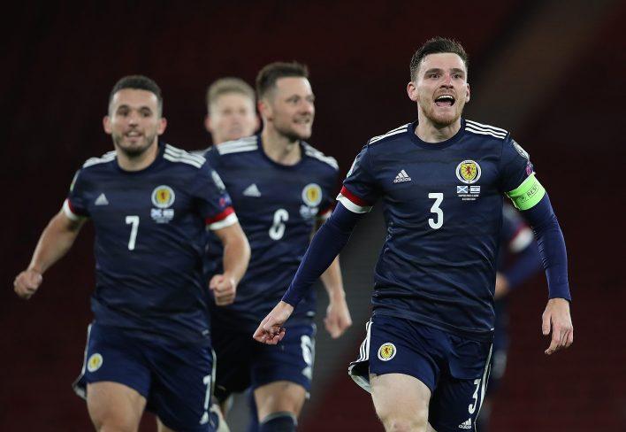 İskoçya, grup aşamasında İngiltere'yi yenmek için çaresiz olacak