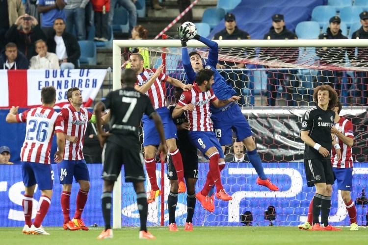 Rodriguez v Real Madrid, Courtois v Chelsea - Sidelinescoops