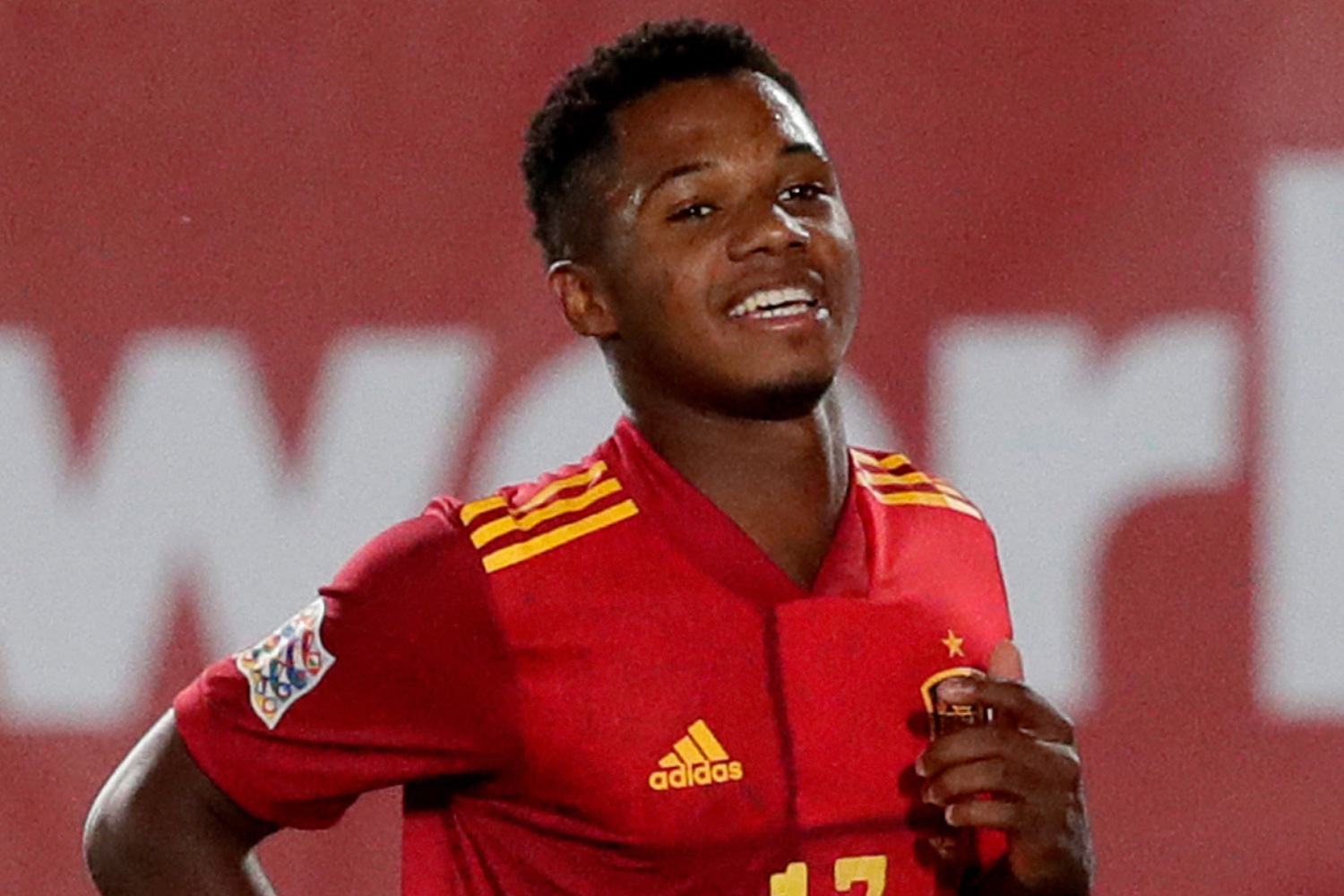 Barcelona starlet Ansu Fati becomes Spain's youngest goalscorer with strike vs Ukraine in Nations League t thumbnail