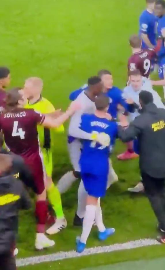 Silva was pretty calm until he spotted Amartey