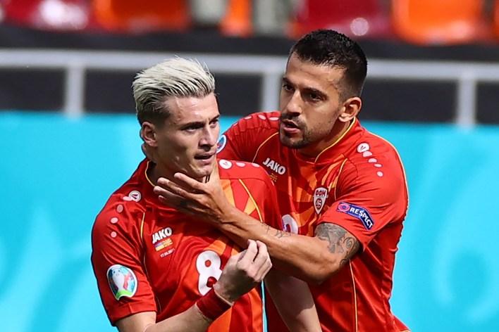Alioski, Kuzey Makedonya'yı skor tablosuna almak için ribaund atmadan önce bir penaltı kaçırdı