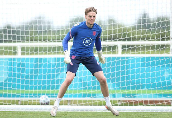Ama Pickford, Everton'daki güçlerin bununla ilgilenmesine izin veriyor.