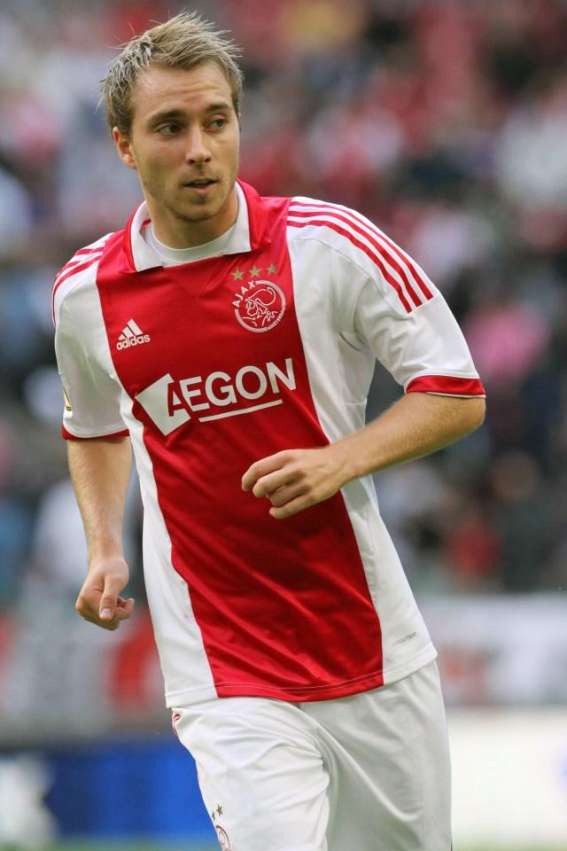 Eriksen, Tottenham'a katılmadan önce 2008-2013 yılları arasında Ajax'taydı.