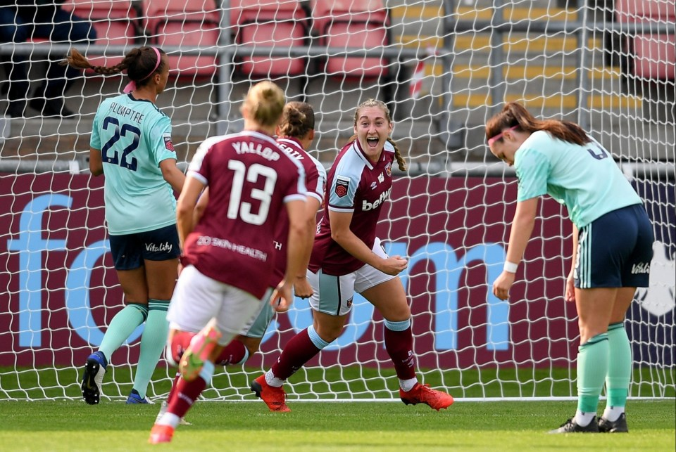 West Ham recorded an excellent win over Leicester as their strong WSL start to the season continues