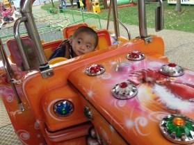 Ashton drives like a cool dude!