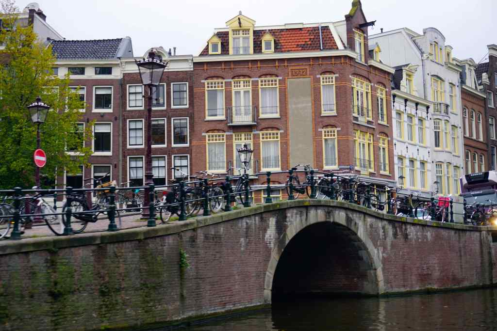 Lovers Canal Cruise Amsterdam
