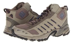 columbia men's hiking boots to size 17