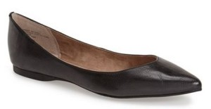 balck pointy toe flats