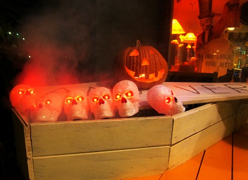 skulls in a coffin halloween