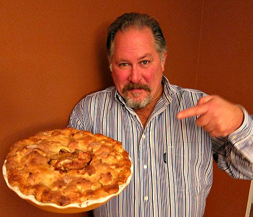 tom tall clover farm apple pie