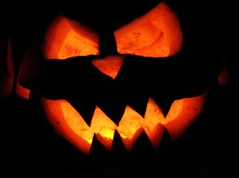 scary jack o'lantern