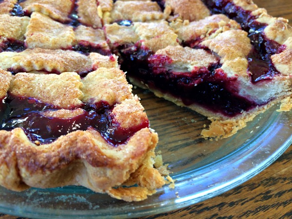 blackberry pie top lattice crust