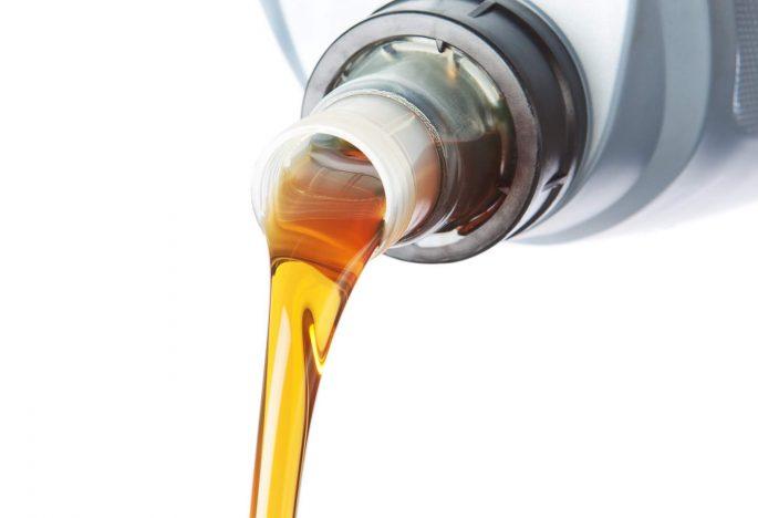 El mejor aceite para el coche, es…