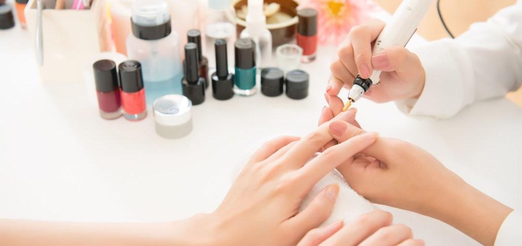 manicure-rusa