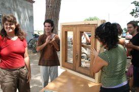 Carpintería de Ventanas 3- probar la ventana. ¡un excito!