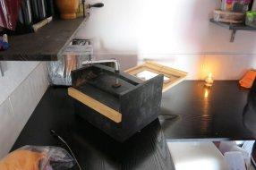 caja de yodo 20x25 cm