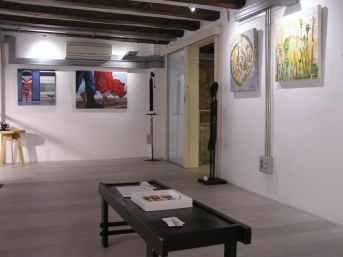 Galería Mezanina. Exposición escuela 4 Pintors Cursos de Arte en Barcelona