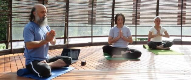 yoga experiencia holistica1