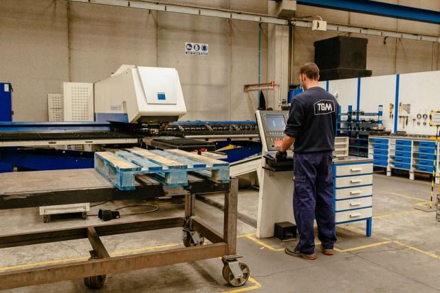 Punching CNC