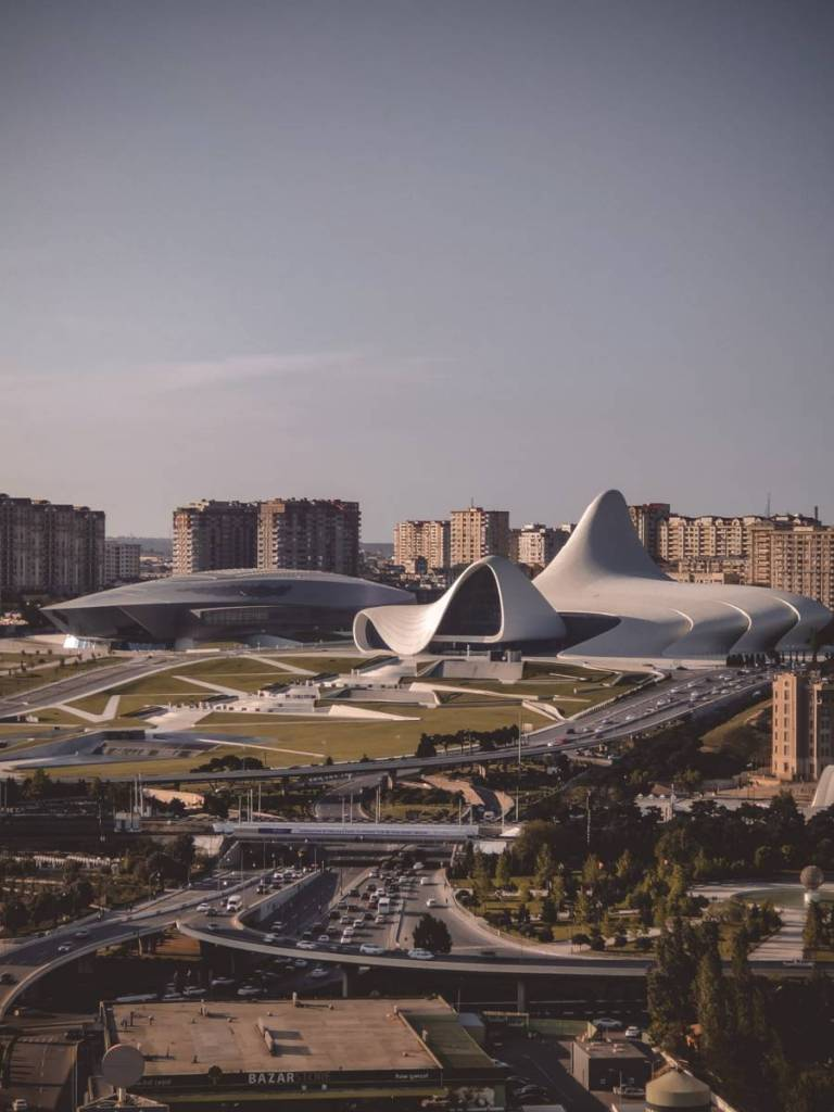 Very cheap! Flights from Budapest to Baku for €54 return! [Apr 2021]