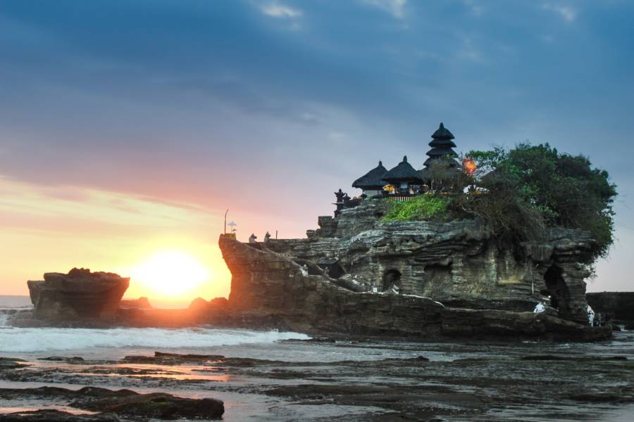 Spend winter in Bali! Barcelona to Bali from €440 in December 2020! [€440 / $490 / 2.8 Cents Per Mile]