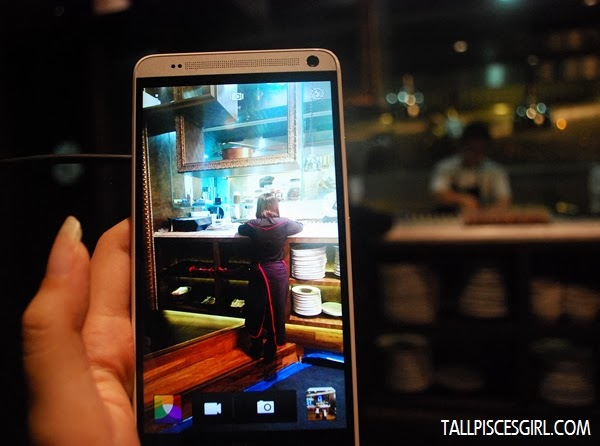 Back camera of HTC One Max with UltraPixel technology