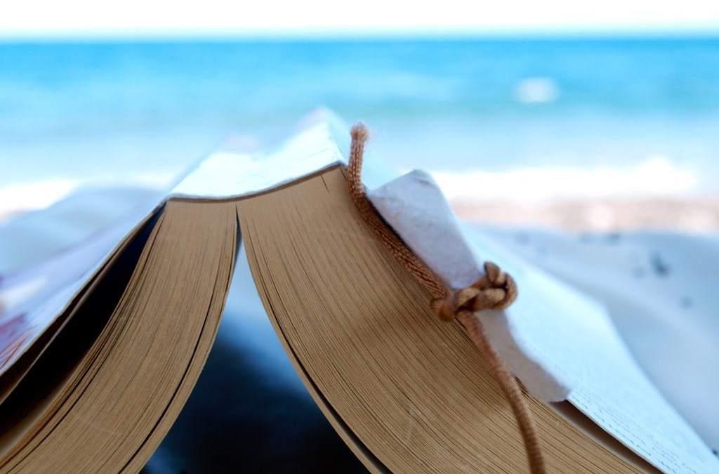 5 Ways To Make My Summer Reads List