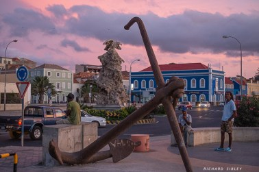 The colours of Mindelo at sunset