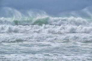 stroppy seas at ruakaka