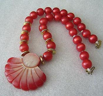 Vintage sparkling red early plastic beads & fan necklace