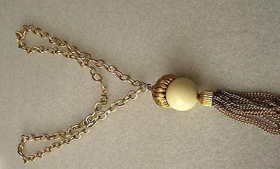 Vintage acorn gold tone fringe pendant necklace