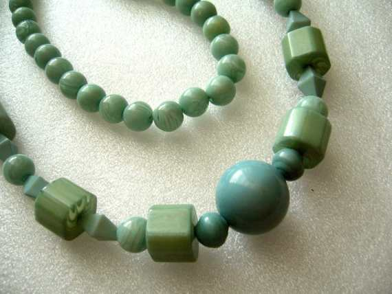 Vintage  early plastic chunky light blue necklace