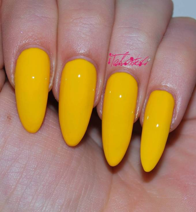 Kiko 279 Yellow nail varnish review