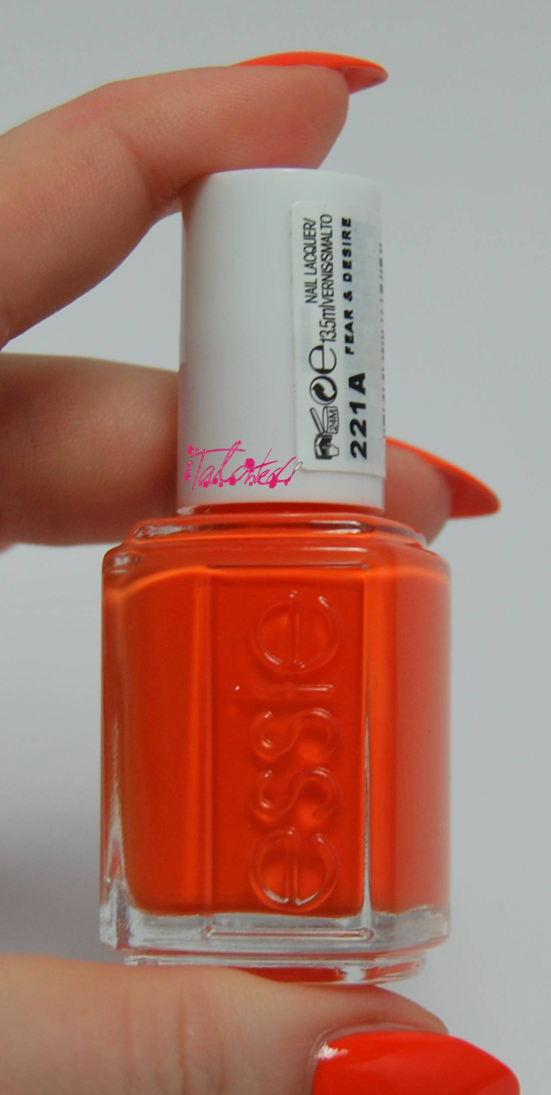 Essie Fear & Desire Review