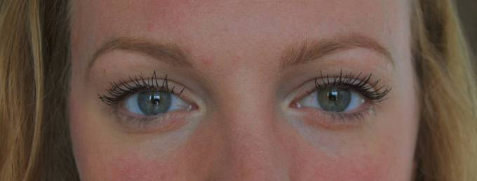 Why I Hated Benefit They're Real Mascara