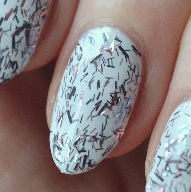 essie Luxeffects 2015 Collection Review - Fringe Factor - Talonted Lex