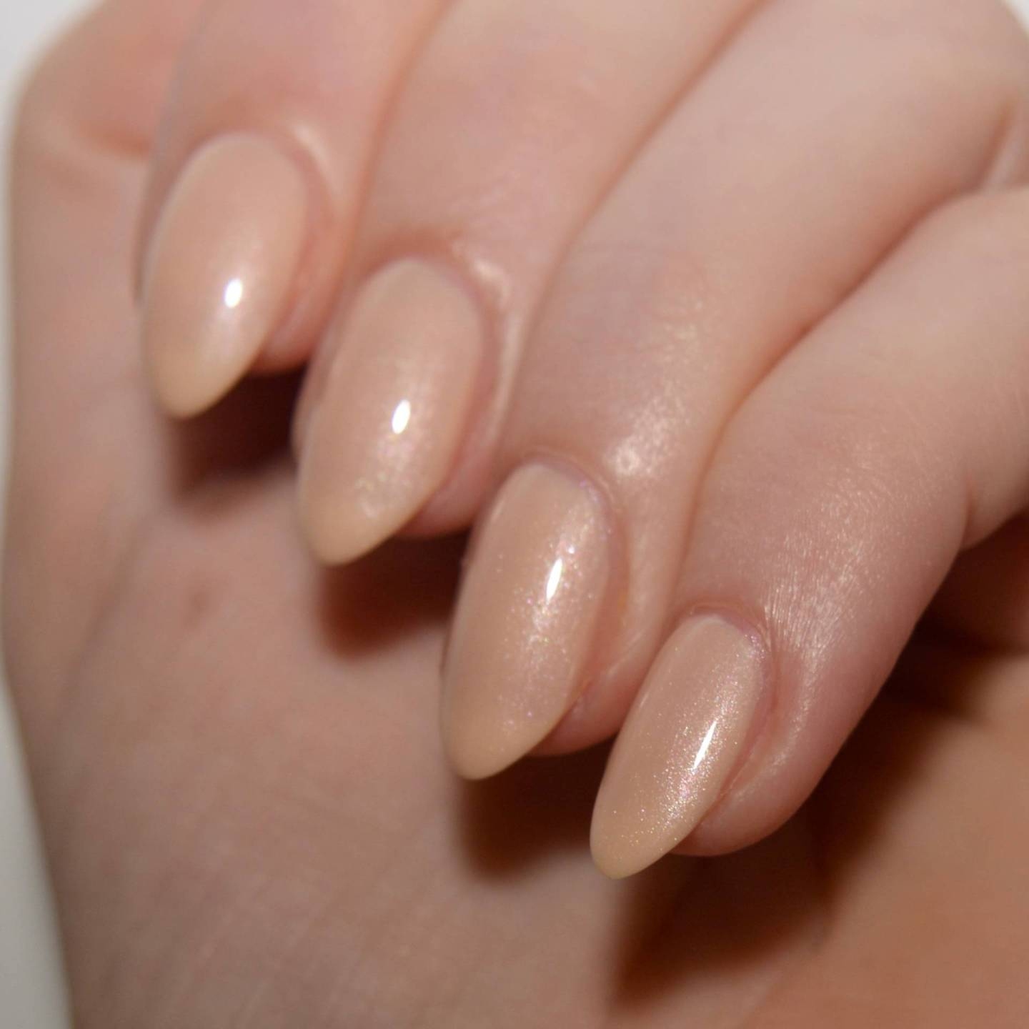 Essie 'Pure Chiffon' from the Retro Revival 2017 collection. A pretty gold beige with tons of shimmer.