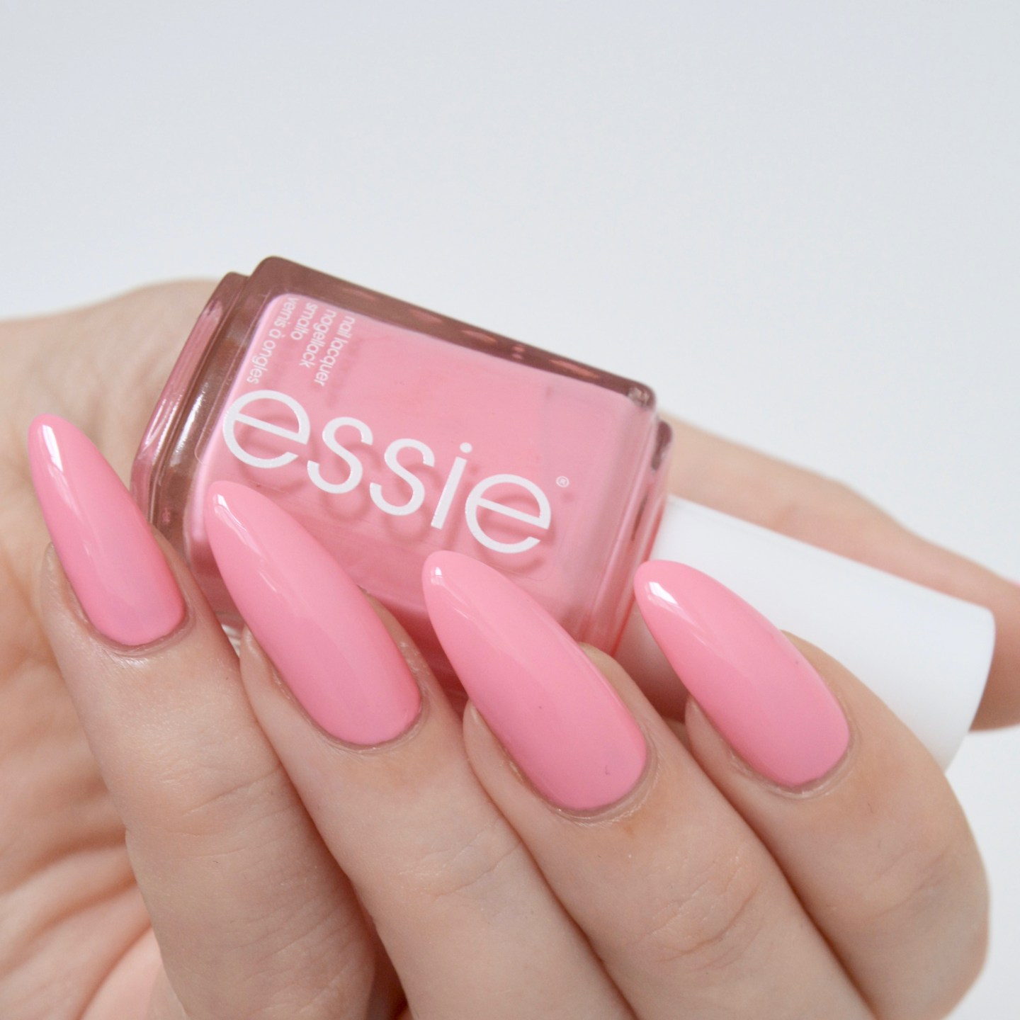 essie Spring 2017 'Backseat Bestie'