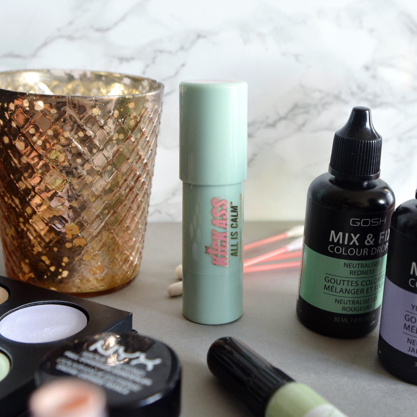 How to achieve a flawless base: all my tips for colour correcting are on the blog.