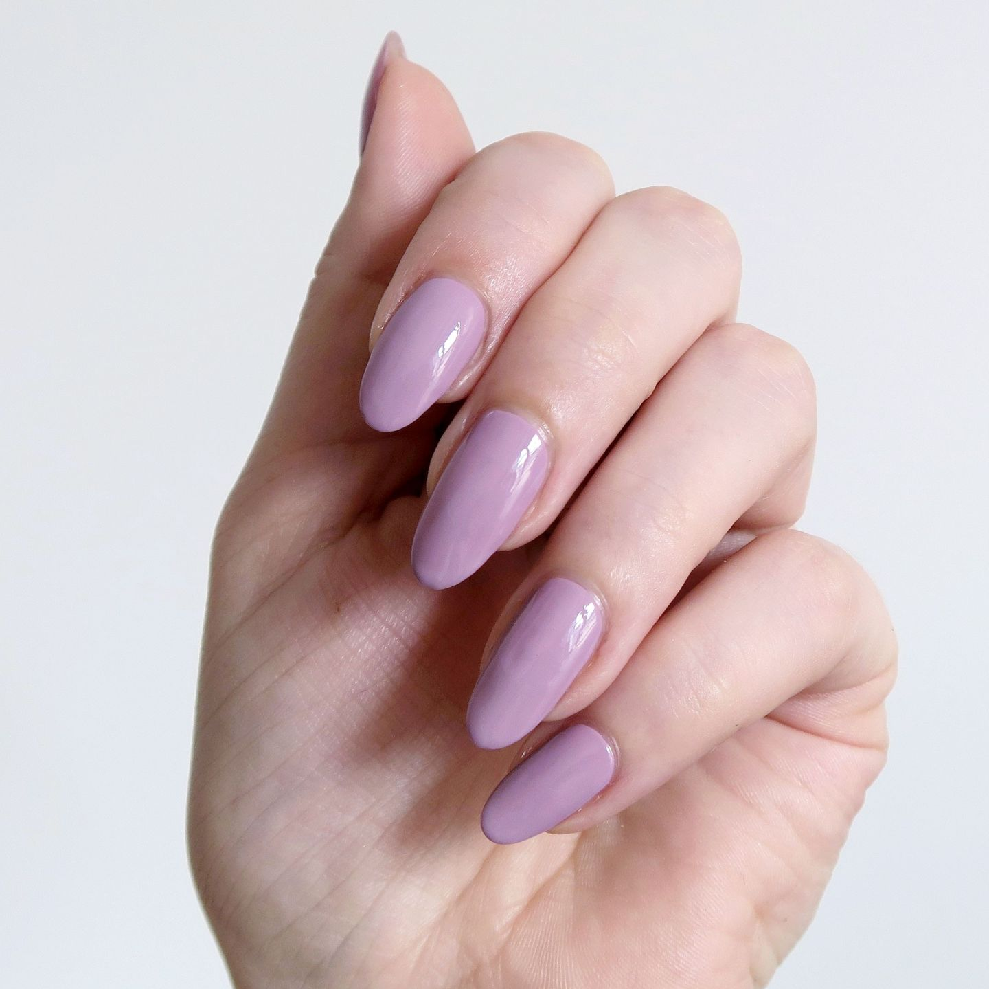Repin and click to see my review of the new Morgan Taylor Color Of Petals collection. Morgan Taylor 'Merci Bouquet' - a light lilac creme nail polish inspiration. Spring manicure inspiration. #talontedlex