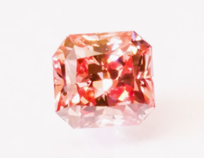 ARGYLE Diamond - 0.39ct Natural Loose Fancy Intense Orangy Pink VVS2 GIA Radiant
