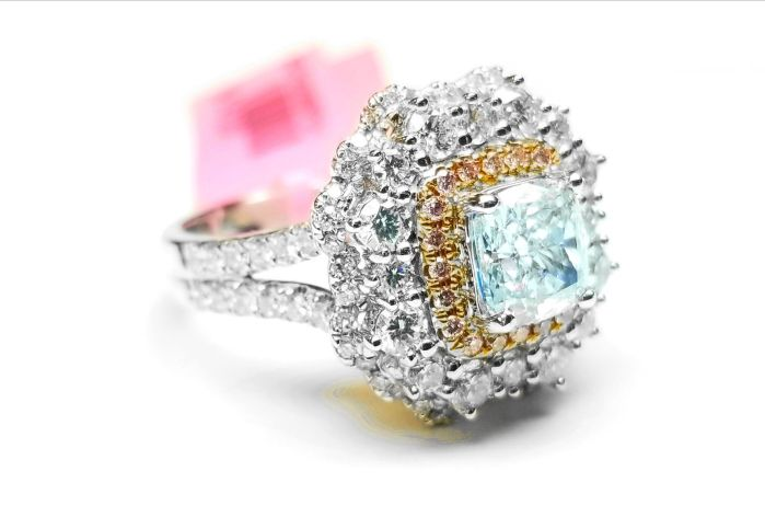 Real GIA 2.65ct Natural Faint Light Blue & Pink Diamonds Engagement Ring 18K SI1