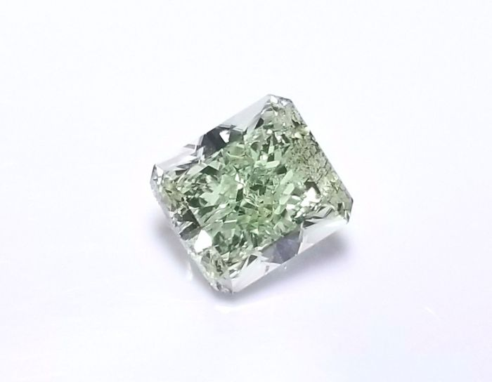 Real 0.72ct Natural Loose Fancy Green Color Radiant Diamond GIA SI1 Rare
