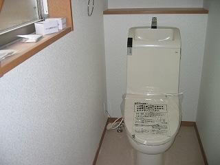 1階のTOTO製トイレ