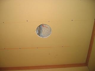 マイナスイオン発生器の設置穴