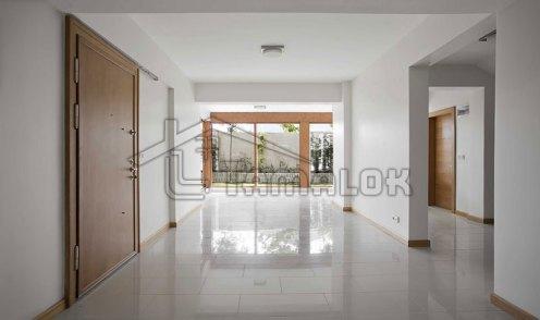 property_56f7b52a955c2